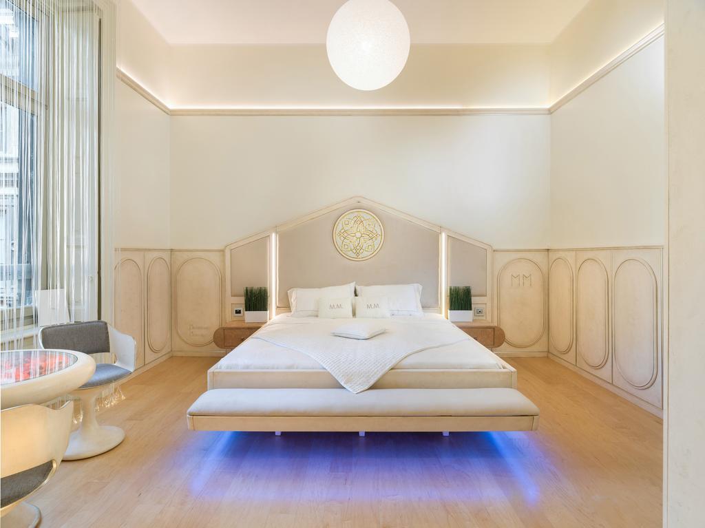 blauw licht onder bed